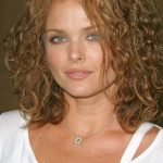 Dina Meyer Bra Size, Age, Weight, Height, Measurements