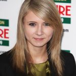 Eliza Bennett Bra Size, Age, Weight, Height, Measurements