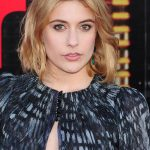 Greta Gerwig Bra Size, Age, Weight, Height, Measurements