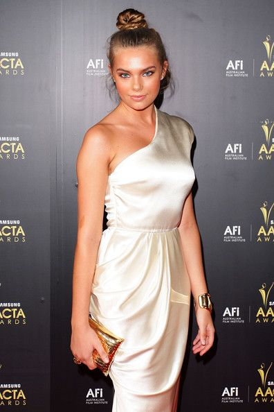 Indiana Evans Bra Size Age Weight Height Measurements