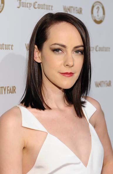 Jena Malone Bra Size Age Weight Height Measurements