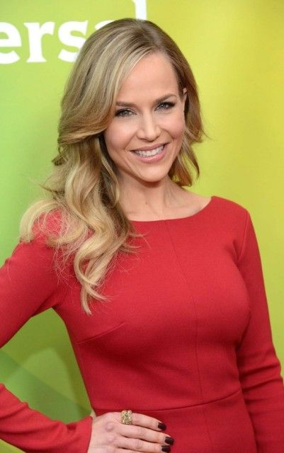 Julie Benz Bra Size Age Weight Height Measurements Celebrity Sizes