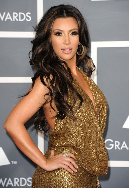 kim kardashian bra size age weight height measurements