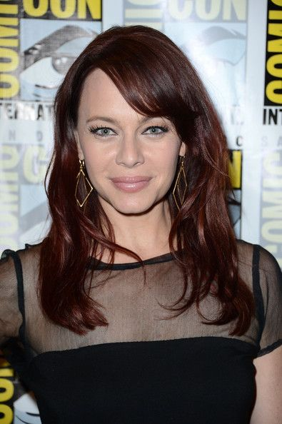 Melinda Clarke Bra Size, Age, Weight, Height, Measurements ...