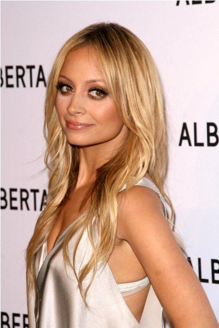 Nicole Richie Bra Size, Age, Weight, Height, Measurements ...