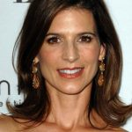 Perrey Reeves Bra Size, Age, Weight, Height, Measurements