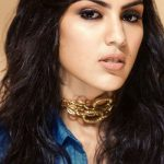 Rhea Chakraborty Bra Size, Age, Weight, Height, Measurements