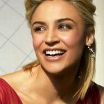 Samaire Armstrong Bra Size, Age, Weight, Height, Measurements