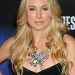 Sarah Carter Bra Size, Age, Weight, Height, Measurements
