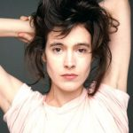 Sean Young Bra Size, Age, Weight, Height, Measurements