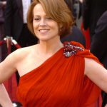 Sigourney Weaver Bra Size, Age, Weight, Height, Measurements