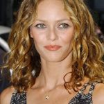 Vanessa Paradis Bra Size, Age, Weight, Height, Measurements