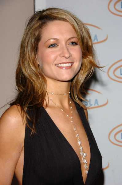 Ali Hillis Bra Size  Age  Weight  Height  Measurements