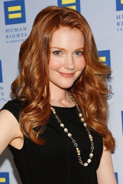 Darby Stanchfield Bra Size Age Weight Height