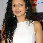 Drashti Dhami Bra Size, Age, Weight, Height, Measurements