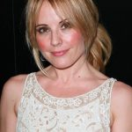 Emma Caulfield Bra Size, Age, Weight, Height, Measurements