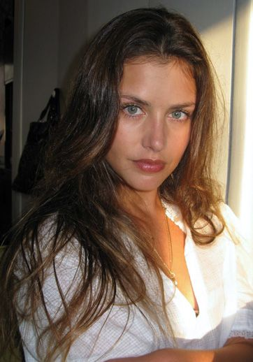 Hannah Ware Bra Size Age Weight Height Measurements