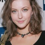 Katharine Isabelle Bra Size, Age, Weight, Height, Measurements