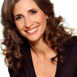Michaela Watkins Bra Size, Age, Weight, Height, Measurements