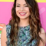Miranda Cosgrove Bra Size, Age, Weight, Height, Measurements