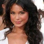 Nathalie Kelley Bra Size, Age, Weight, Height, Measurements
