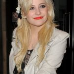 Pixie Lott Bra Size, Age, Weight, Height, Measurements