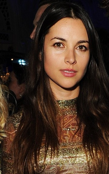 amelia warner bra size  age  weight  height  measurements
