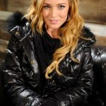 Caity Lotz Bra Size, Age, Weight, Height, Measurements