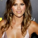 Elizabeth Hendrickson Bra Size, Age, Weight, Height, Measurements