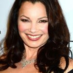 Fran Drescher Bra Size, Age, Weight, Height, Measurements