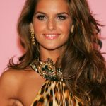 Izabel Goulart Bra Size, Age, Weight, Height, Measurements