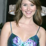 Jewel Staite Bra Size, Age, Weight, Height, Measurements