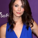 Joanne Kelly Bra Size, Age, Weight, Height, Measurements