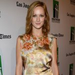 Kerry Bishé Bra Size, Age, Weight, Height, Measurements