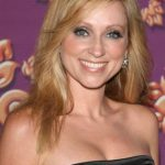 Leigh-Allyn Baker Bra Size, Age, Weight, Height, Measurements