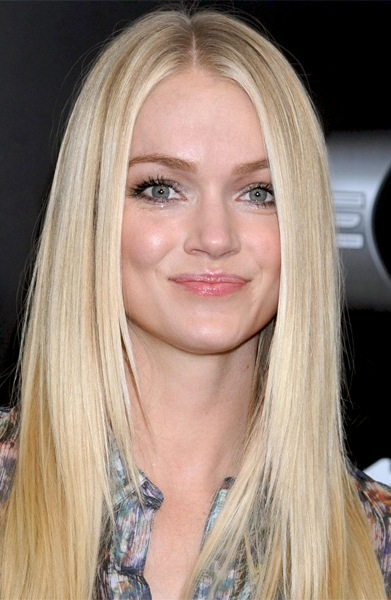 lindsay ellingson bra size  age  weight  height