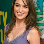 Sara Bareilles Bra Size, Age, Weight, Height, Measurements