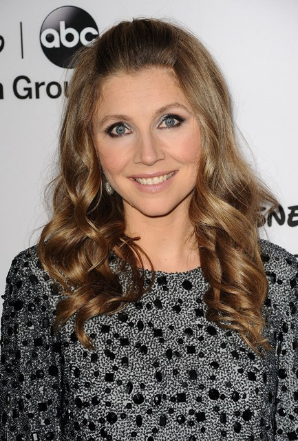 Sarah Chalke Bra Size Age Weight Height Measurements