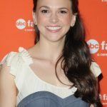 Sutton Foster Bra Size, Age, Weight, Height, Measurements