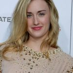 Ashley Johnson Bra Size, Age, Weight, Height, Measurements