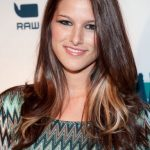 Cassadee Pope Bra Size, Age, Weight, Height, Measurements