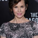 Embeth Davidtz Bra Size, Age, Weight, Height, Measurements