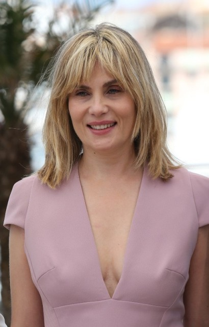 emmanuelle seigner height