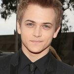 Hunter Hayes Age, Weight, Height, Measurements