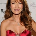 Jane Seymour Bra Size, Age, Weight, Height, Measurements