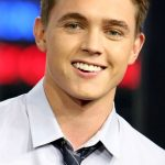 Jesse McCartney Age, Weight, Height, Measurements