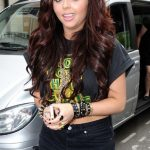 Jesy Nelson Bra Size, Age, Weight, Height, Measurements
