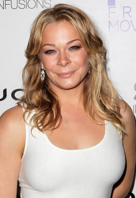 leann rimes bra size  age  weight  height  measurements