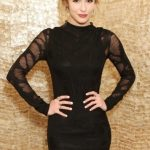 Linsey Godfrey Bra Size, Age, Weight, Height, Measurements