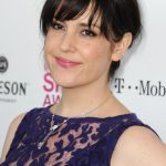 Melanie Lynskey Bra Size, Age, Weight, Height, Measurements